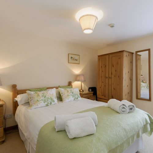 Double Room | Walnut Tree House